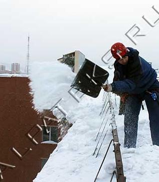 Услуги по уборке снега с крыш