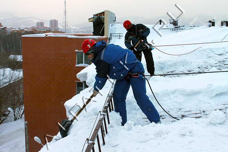 Порядок очистки крыши от снега